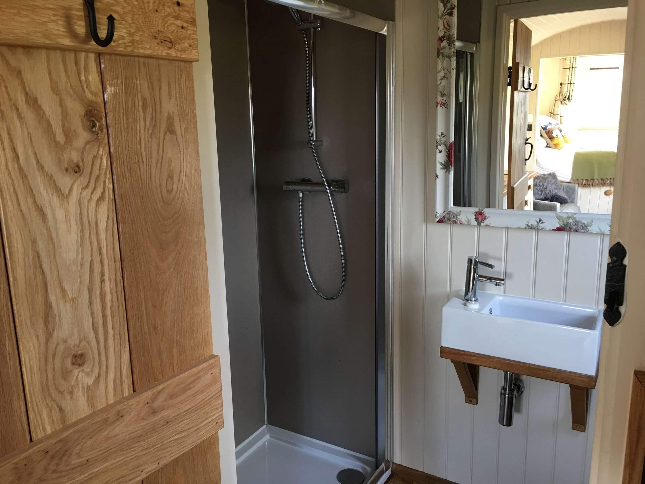 Meadow Hut En-Suite
