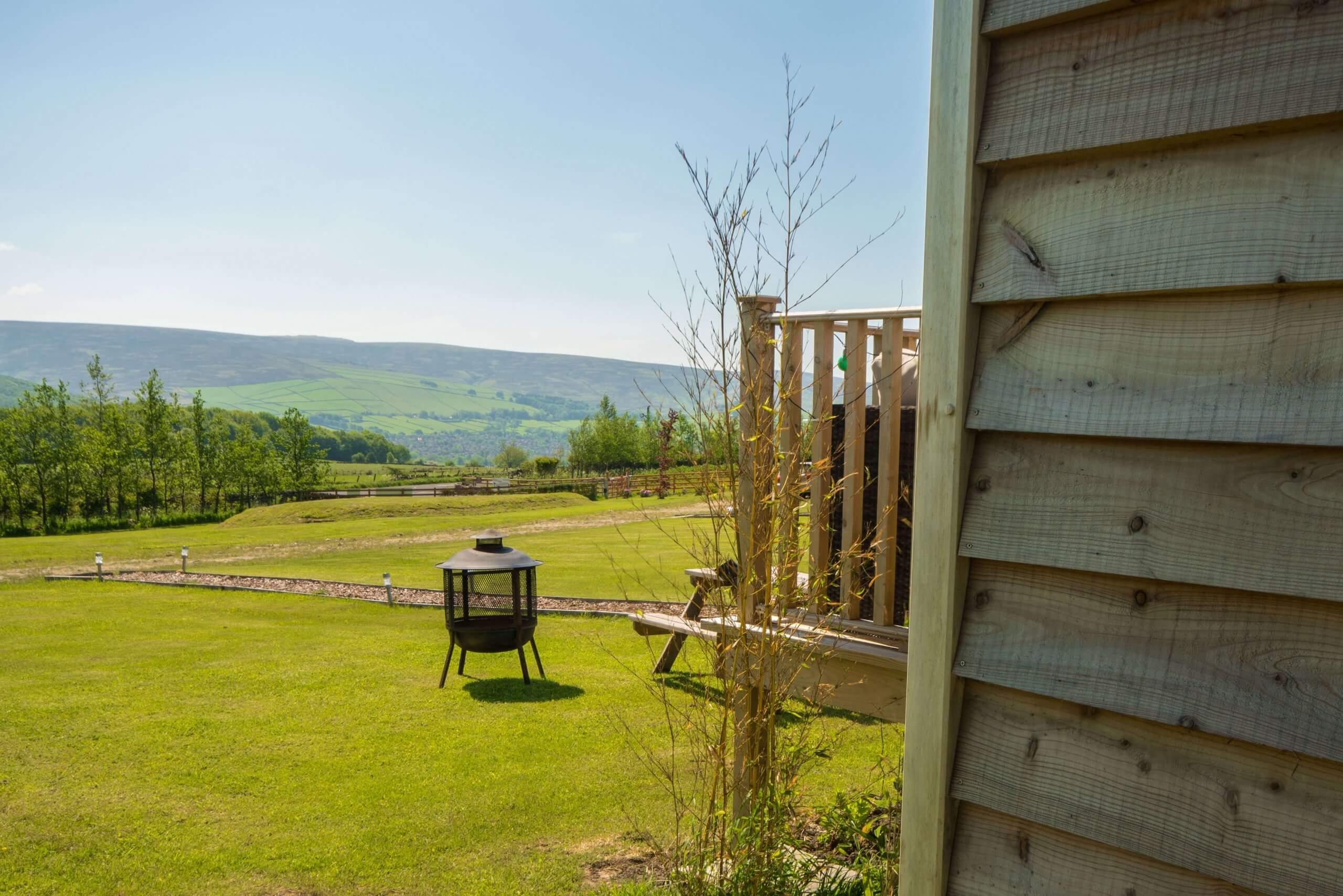 Erics Hut View 1